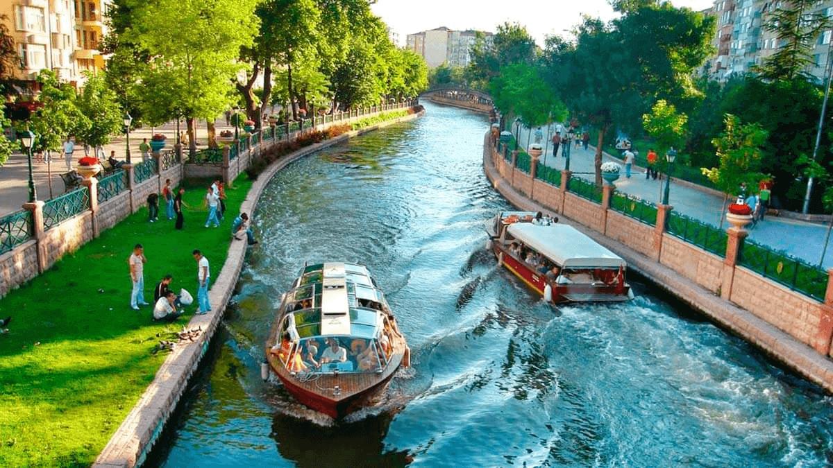 Büyüleyici Bir Şehir 'Eskişehir'